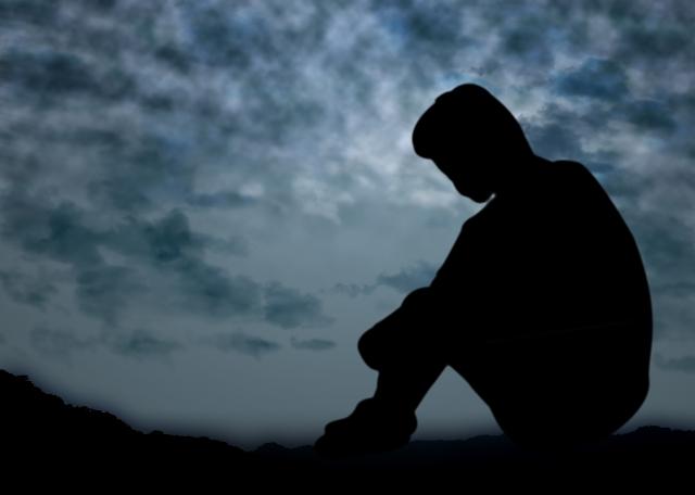 母がなくなった→兄「お母さあぁぁぁん。。。(号泣)」俺「・・・」→親戚『兄が可哀想…なのに俺くんは悲しんでない!親不孝者!』俺「え」→結果…
