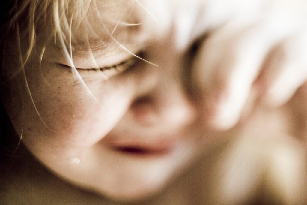 1カ月前に嫁が他界した。コンビニ弁当を子供と食ってたら子供が 「ママのご飯食べたい」って泣くんだよ。俺「・・・」→息子「パパ!ママのご飯あった!」俺『んなわきゃねぇよ』